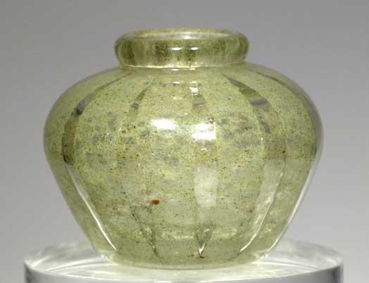 Vaso in vetro massiccio di Verlys